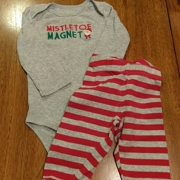 """Nwt carters just one you 6 Month Baby Boy Christmas /""""Mistletoe Magnet/"""" outfit"""